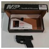 Smith & Wesson M&P 9 Shield  9MM