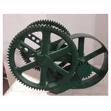 Open gear double wheel pump jack