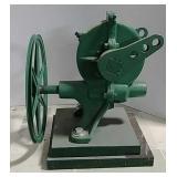 U.S. Wind pump jack