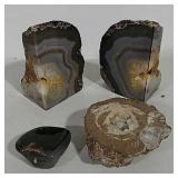 Variety of Geodes