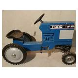 Scale Models Ford TW-35 pedal tractor