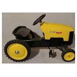 Ertl Tuff pedal tractor