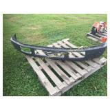 FORD F-250 METAL BUMPER W/ BRACKETS