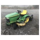 JOHN DEERE GT235 RIDING MOWER W/ BAGGER