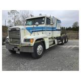 1990 FREIGHTLINER FLD120 CONVENTIONAL ROAD TRACTOR