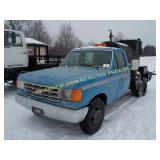 1990 FORD F-350 W/ ASHLALT SEALING TANK 18HP BRIGG