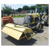 """1970 FORD 3400 TRACTOR W/ FRONT MOUNT 60"""" BROOM"""