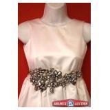 Bride Belt Size 10. Brand Enzoani Color White
