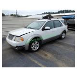 2005 Ford Freestyle - AR salvage title - has key