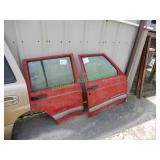 (2) 1999 Jeep Cherokee Passenger Doors