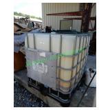 300 Gallon Used Oil Container