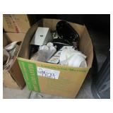 A BOX WITH ASSORTED KITCHEN ITEMS