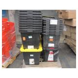 PALLET WITH ASSORTED BLACK TOUGH TOTES