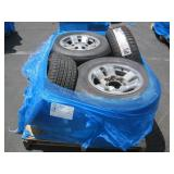 PALLET OF CARS TIRES