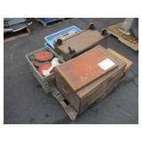 PALLET WITH ASSORTED MISCELLANEOUS ITEMS