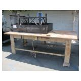 LOT WITH METAL WORK TABLE