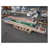 PALLET WITH ASSORTED LADDERS