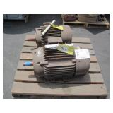 LOT WITH 2 RELIANCE ELECTRIC 3 PHASE INDUSTRIAL MO