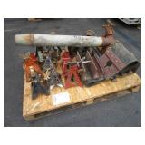 PALLET WITH HYDRAULIC JACKS & MISCELLANEOUS ITEMS
