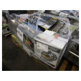 PALLET WITH WET/DRY VACUUMS, TILE WT SAW WITH