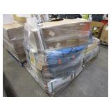 PALLET WITH ASSORTED HOUSEHOLD ITEMS