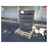 PALLET WITH 6 TIRES