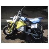 2 RAZOR ELECTRIC DIRT BIKES