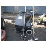 TMI CARPET CLEANING MACHINE