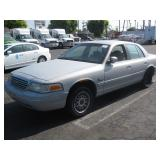 (DEALER ONLY)2000 FORD  CROWN VICTORIA