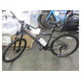 BLACK GIANT MOUNTAIN BIKE