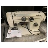 VINTAGE RICCAR SEWING MACHINE