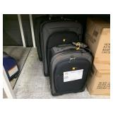 LOT WITH CASE LOGIC SUIT CASES