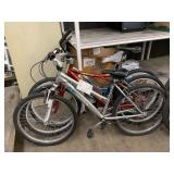 LOT WITH 3 BICYCLES: SILVER TERRA, RED MOTIV, BLUE