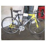 LOT WITH 1 ROAD BIKE: