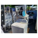 PALLET OF WHIRLPOOL WASHING MACHINE AND 2