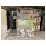 LOT WITH INFANT BEDDING SAFETY & 4 PIECE CRIB