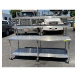 STAINLESS STEELS FOOD PREP TABLE