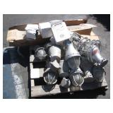 PALLET OF EXTERIOR LIGHT FIXTURES