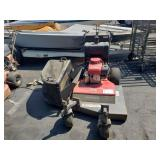 COMMERCIAL HONDA PUSH LAWN MOWER