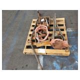 PALLET OF PIPE FITTING TOOLS AND PIPE THREADERS