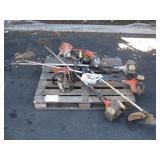 PALLET OF LANSCAPING TOOLS