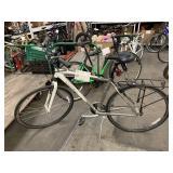WHITE/GRAY TREK BICYCLE