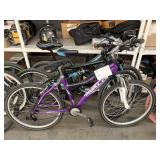 LOT WITH 3 BICYCLES