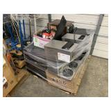 PALLET WITH 2 MINI FRIDGES, COFFEE MAKERS &