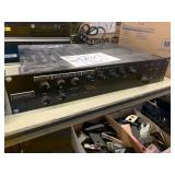 TOA 900 SERIES II MIXER POWER AMPLIFIER