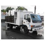 (DEALER DISM. OUT STATE) 2002 ISUZU NPR