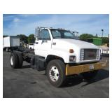 (DEALER DISM OUT STATE)2002 GMC C7