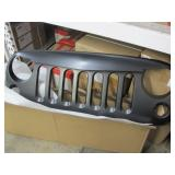 LOT OF FRONT GRILLES FOR A JEEP LIBERTY