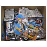 BOX OF ASSORTED HOT WHEELS CARS & TRUCKS: