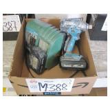 MAKITA 18V IMPACT WRENCH WITH 2 BATTERIES &
